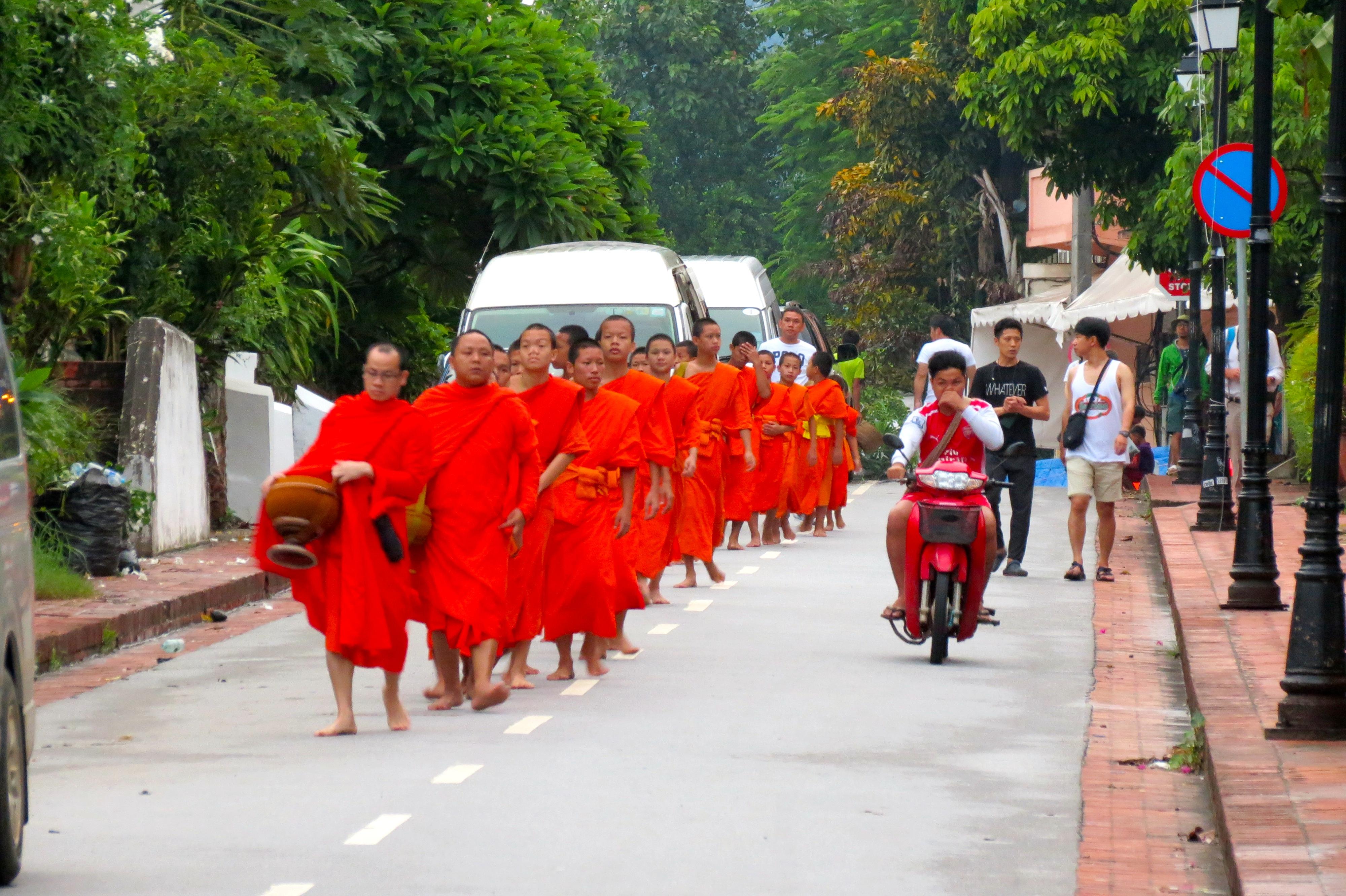 monjos Luang Prabang