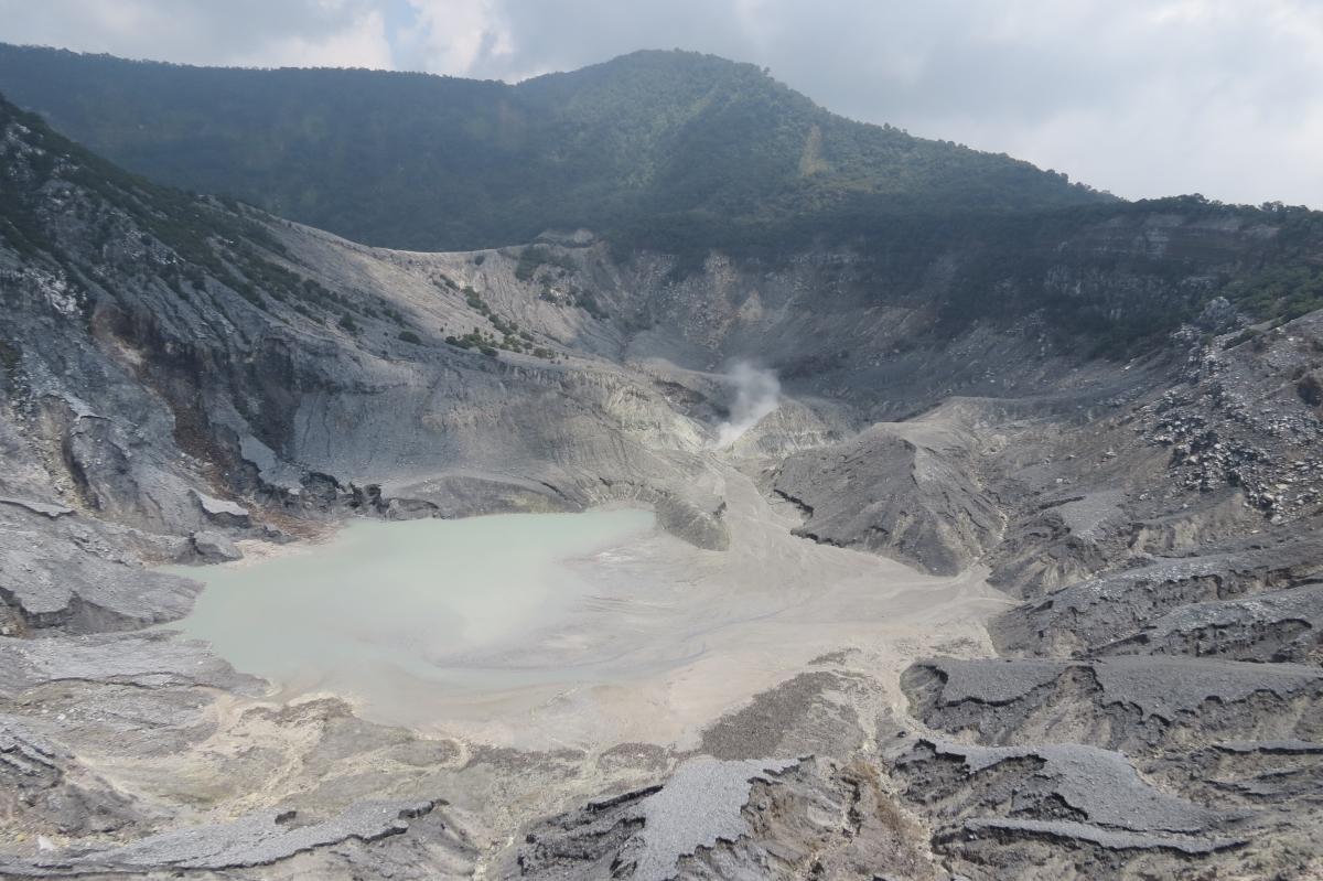 Tanhkuban Prahu Volcano (Java)