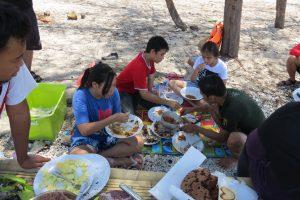 lunch Makassar