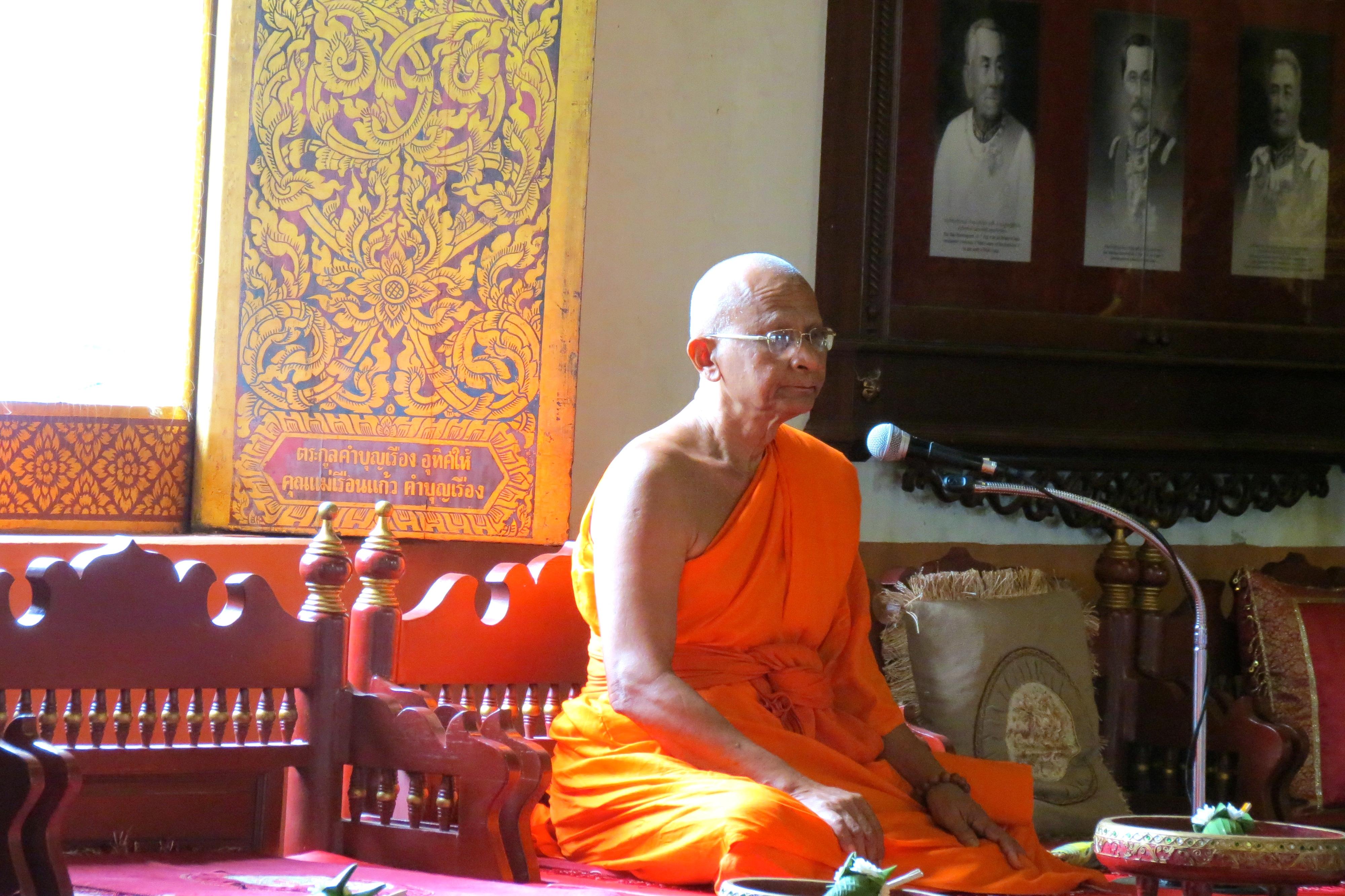 monk_thailand