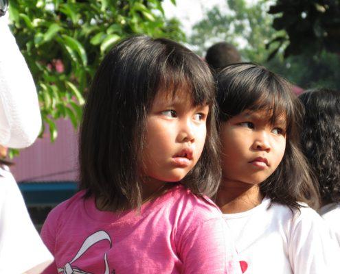 nenes escola indonesia Berta Torras